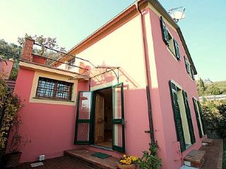 Cozy 3 bedroom House in Chiavari with Deck - Chiavari vacation rentals