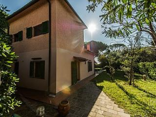 3 bedroom House with A/C in Castiglioncello - Castiglioncello vacation rentals