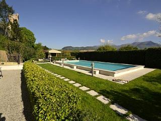 Nice 1 bedroom Vacation Rental in San Felice del Benaco - San Felice del Benaco vacation rentals