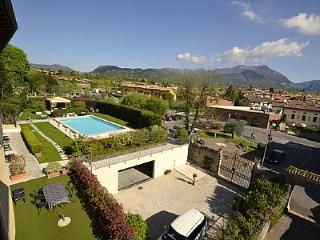Comfortable 2 bedroom Vacation Rental in San Felice del Benaco - San Felice del Benaco vacation rentals