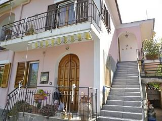 Nice 2 bedroom House in Vico Equense - Vico Equense vacation rentals