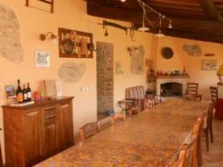 5 bedroom Farmhouse Barn with Internet Access in Roccalbegna - Roccalbegna vacation rentals