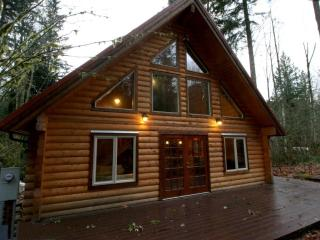 #21 Pet Friendly Cabin in the Country! - Glacier vacation rentals