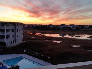 Condo W/ King-Size Bed Overlooking Freeman Park - Carolina Beach vacation rentals