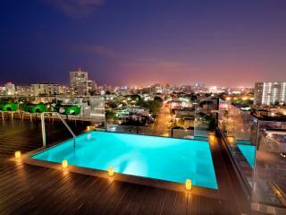 Three Bedroom Suites - San Juan vacation rentals