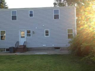 Nice House with Internet Access and Short Breaks Allowed - Uniondale vacation rentals