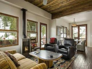 Gorgeous House with Deck and Internet Access - Salt Lake City vacation rentals