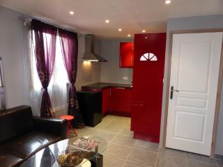 Nice Gite with Internet Access and Television - Bligny-lès-Beaune vacation rentals