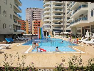 Comfortable 1 bedroom Mahmutlar Apartment with Internet Access - Mahmutlar vacation rentals