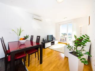Elegant Old town View Apartment in Zadar - Zadar vacation rentals