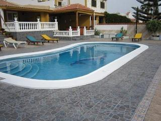 Spacious 5 bedroom Villa in Santa Cruz de Tenerife - Santa Cruz de Tenerife vacation rentals
