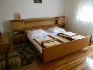 Cozy 2 bedroom Vacation Rental in Crikvenica - Crikvenica vacation rentals