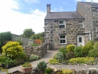 Historic Penymaes Cottage at Seaside Criccieth - Criccieth vacation rentals