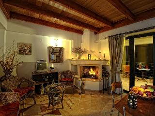Cozy Apartment with Grill and Shared Outdoor Pool in Heraklion Prefecture - Heraklion Prefecture vacation rentals