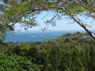 3 bedroom House with Garage in North Stradbroke Island - North Stradbroke Island vacation rentals