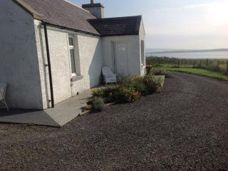 Harray's Hoose and Peedie Harray's - Dounby vacation rentals