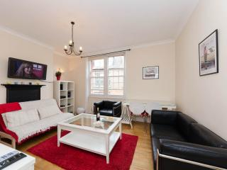 Cosy2Bedroomed Marylebone Flat - London vacation rentals