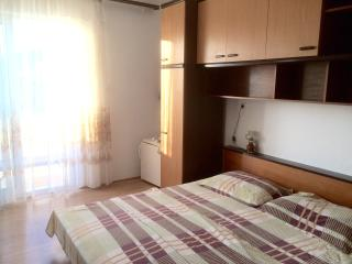 Keko's room 5 for 2 - 150 meters from the beach - Rab vacation rentals