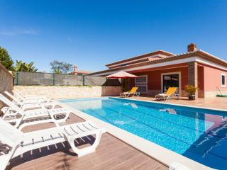 Luxury Villa with pool near the beach - Free Wifi - Lagos vacation rentals