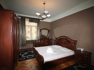 3 bedroom Apartment with Internet Access in Yerevan - Yerevan vacation rentals