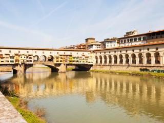 Ponte Vecchio accomodation, Florence Oltrarno area - Florence vacation rentals