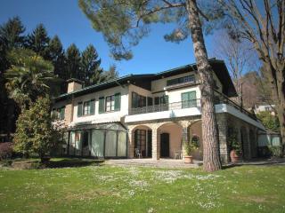 Wonderful manor between Como Lake and Milan - Sirtori vacation rentals