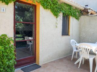 3 bedroom Gite with Internet Access in Cadenet - Cadenet vacation rentals