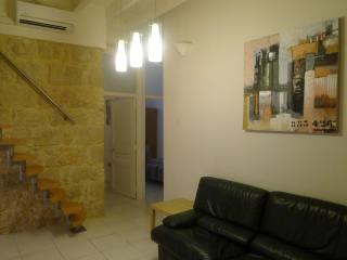 3 Bedrooms Apt-loft 1/6 pers. 54Sqm 8 Min Beach - Nice vacation rentals