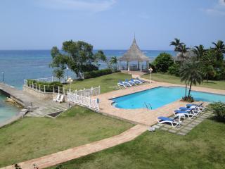 Santa Maria 3E, Ocho Rios, Jamaica - Ocho Rios vacation rentals