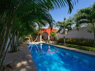A tropical, breeze-filled downtown Mérida retreat. - Merida vacation rentals