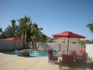 Great Deal! Huge Pool and Wifi - Las Vegas vacation rentals