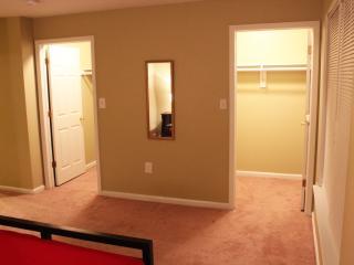 Entire Luxary Apartment near Manhattan,NYC & EWR. - Newark vacation rentals