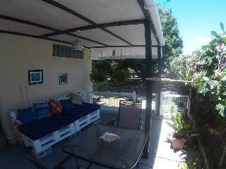 Beautiful Rockley Studio rental with Internet Access - Rockley vacation rentals