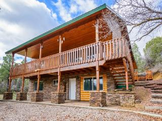 Hideout - family friendly amenities - Long Valley Junction vacation rentals