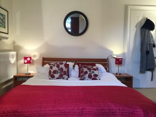 Beautiful room in garden flat - Brighton vacation rentals