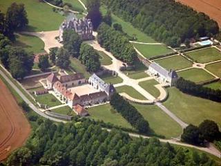 The Orangery, Chateau de la Trousse - Lizy-sur-Ourcq vacation rentals