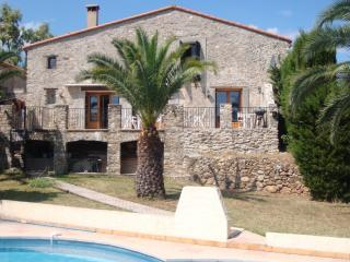Stunning Farmhouse nr Argeles Sur Mer and Collioure - most southerly region - Argeles-sur-Mer vacation rentals