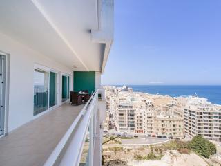 SEAFRONT LUX APARTMENT WT POOL IN A GREAT LOCATION - Sliema vacation rentals