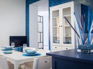 Cozy 3 bedroom Marina Di Modica Bungalow with A/C - Marina Di Modica vacation rentals
