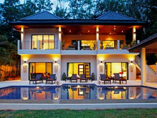 CORAL: 7 Bedroom, Private Pool Villa near Beach - Nai Harn vacation rentals