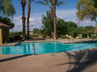 Scottsdale beauty in great location - Scottsdale vacation rentals