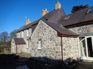House in the Yard - The Owl Barn - Newborough vacation rentals