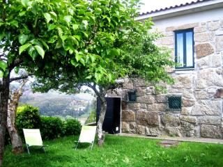 Cozy 2 bedroom Townhouse in Penafiel - Penafiel vacation rentals