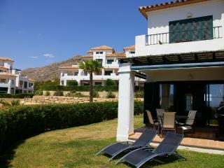 Casa Jane-A quality apartment by ResortSelector - Benidorm vacation rentals