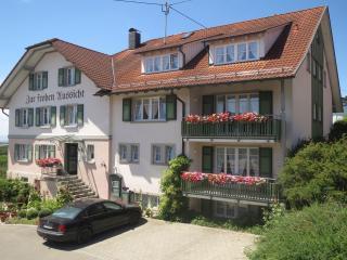 Vacation Apartment in Kressbronn am Bodensee -  (# 7326) - Kressbronn vacation rentals