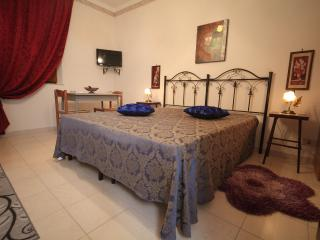 1 bedroom Townhouse with Internet Access in Paceco - Paceco vacation rentals