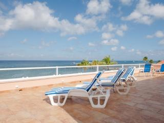Casa Calypso: Spacious Beachfront Home in Cozumel - Cozumel vacation rentals