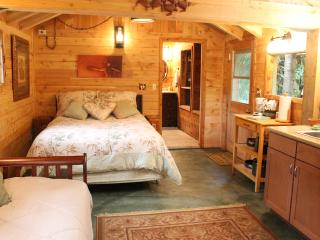 Gingerbread House: Flowers, Forest & Lush Jungle - Makawao vacation rentals