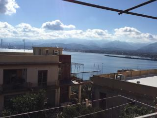 Nice 3 bedroom Milazzo House with Balcony - Milazzo vacation rentals