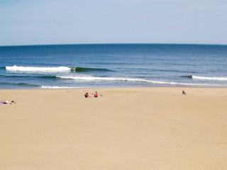 OCEANFRONT Condo 304 Beach/Ocean Views Oceans II - Virginia Beach vacation rentals